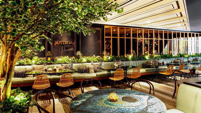 Restoran Nyaman dan Hijau
